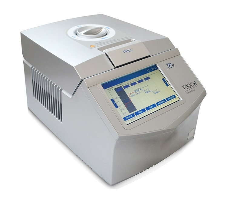 Termociclador Automático Com Gradiente Blocos intercambiáveis – Tela Touch Screen- Microplacas de 96 Poços (0,2ml) Ou 77 Poços (0,5ml)