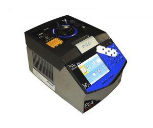 Termociclador Automático Com Gradiente Blocos intercambiáveis – Microplacas de 96 Poços (0,2ml) e 384 Poços (0,05ml)
