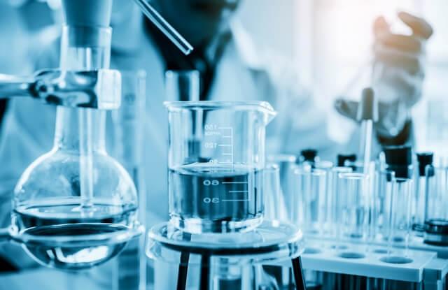Saiba quais os itens que compõem um aparelho de destilação